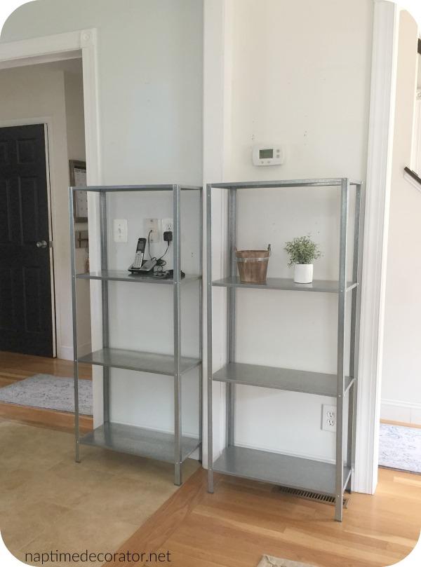 hyllis shelves