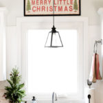 The Perfect Christmas Kitchen Sign and a New Runner